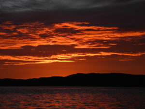 Solnedgang på vei mot Trondheim